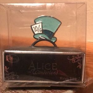 Alice in Wonderland Mad Hatter size 7 ring NIP